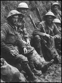soldiers at The Battle of the Somme [Click]